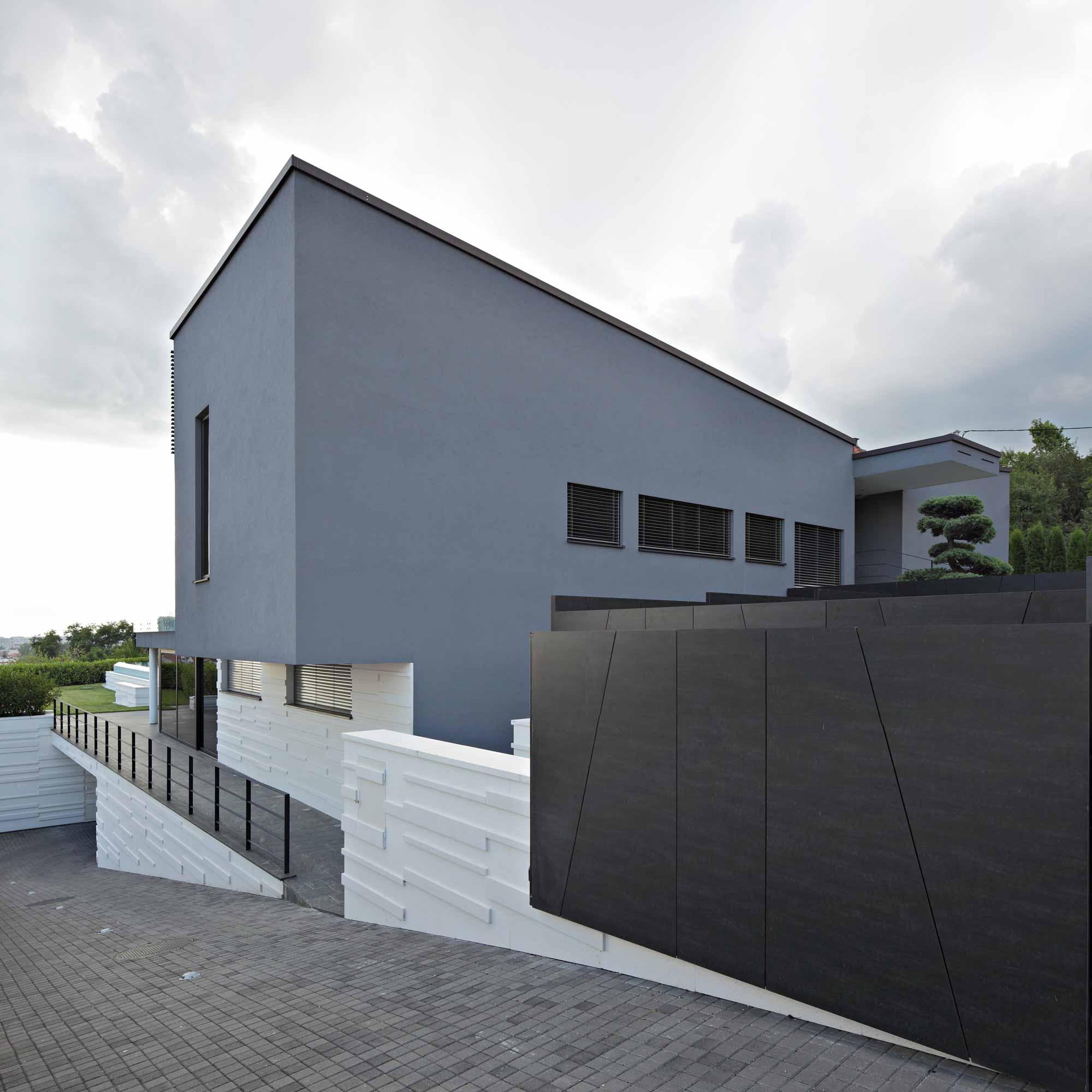 ten-house-11