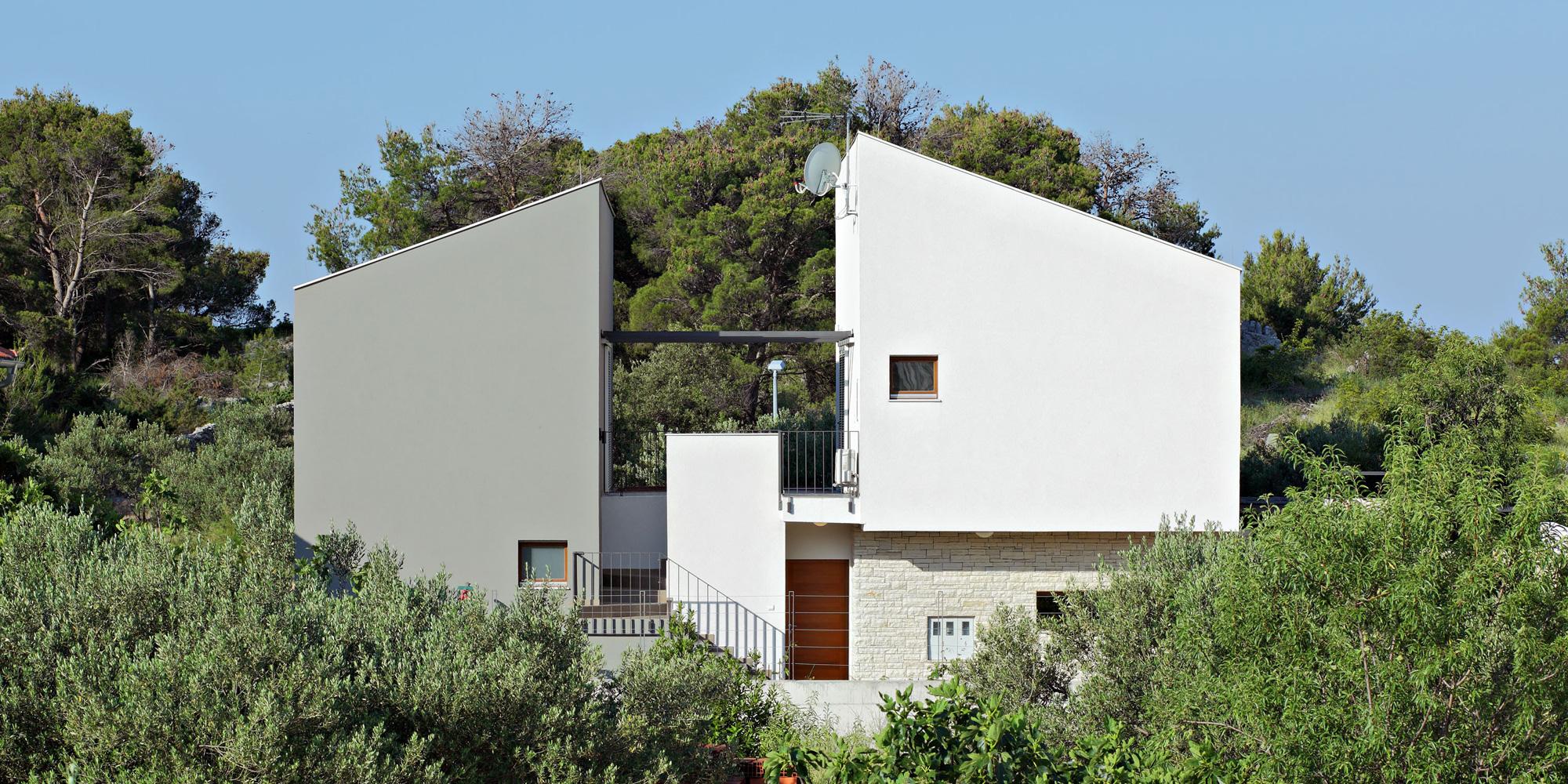 three-house-23