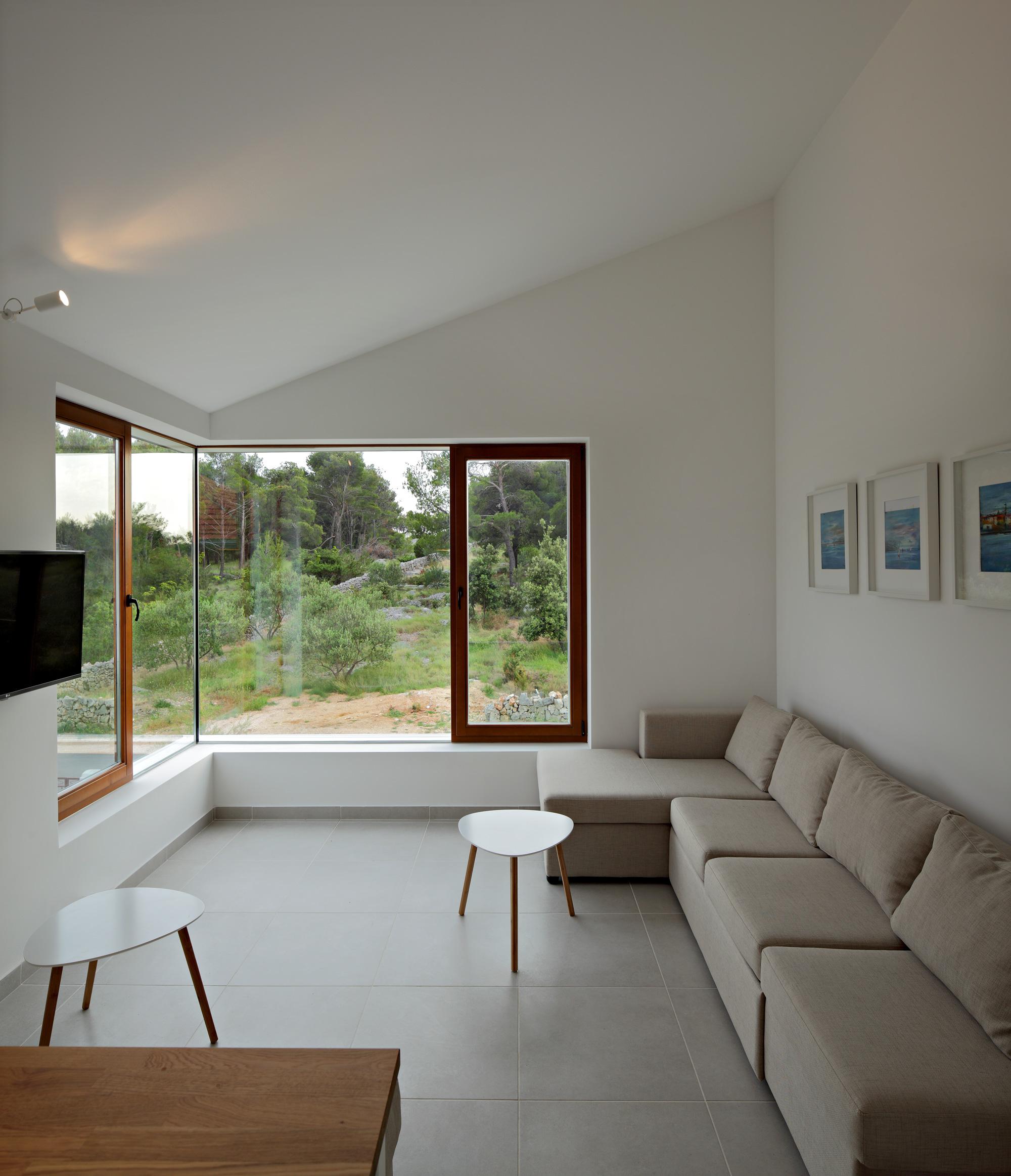 three-house-017