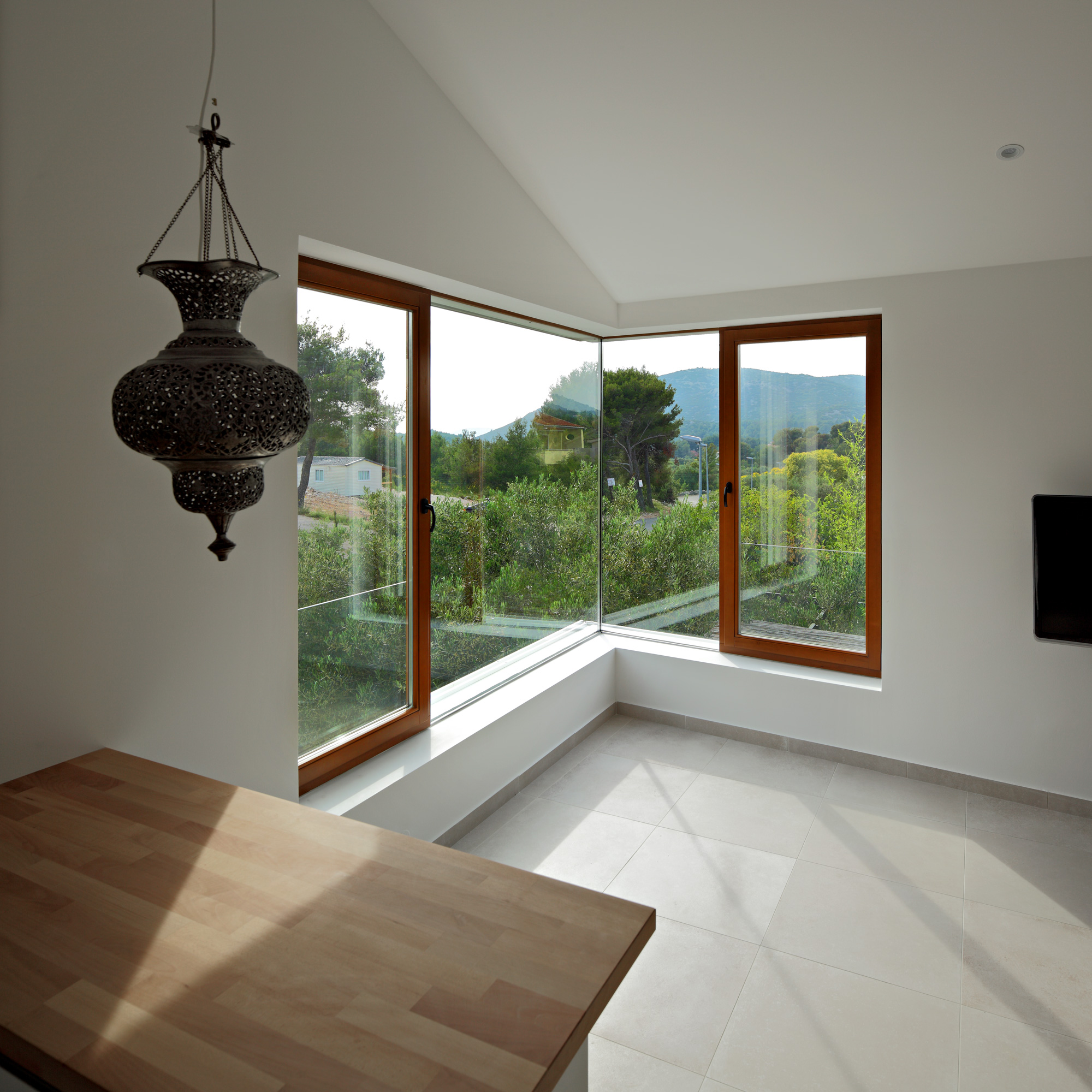 three-house-020